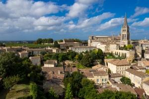 Saint Emilion-pixabay-JordyMeow-saint-emilion-1704580
